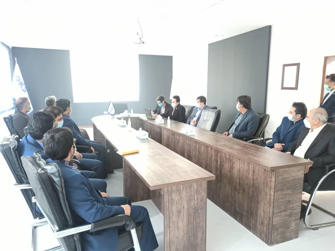 بازدید مدیر عامل شرکت توزیع نیروی برق مشهد و حومه و هیئت همراه از شرکت دانش بنیان پیمان خطوط شرق